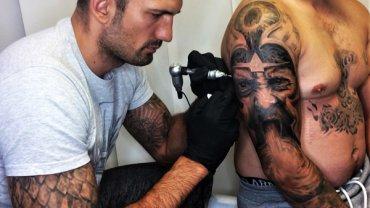 Tetování démona